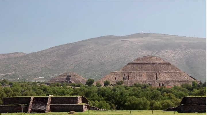 Asomate_a_teotihuacan